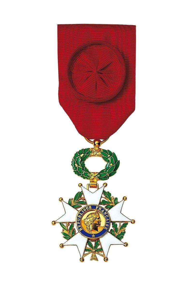 Légion dhonneur Arthus Bertrand 770x1176 - Arthus-Bertrand