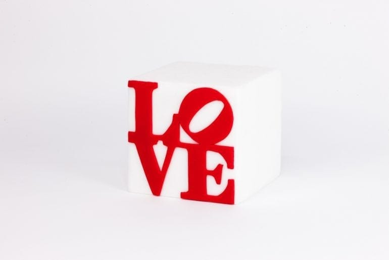 Love dupa Robert Indiana 770x514 - Hedonismul Artei Efemere by Maison V. Cakes of Art
