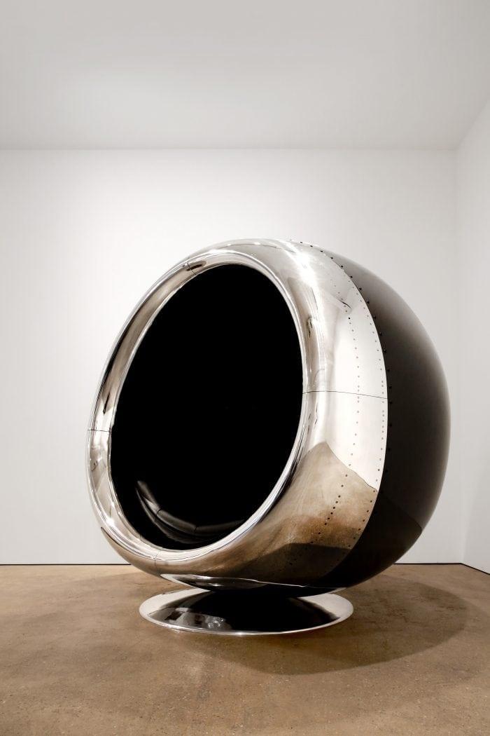 Scaun realizat dintr-un motor de Boeing 737