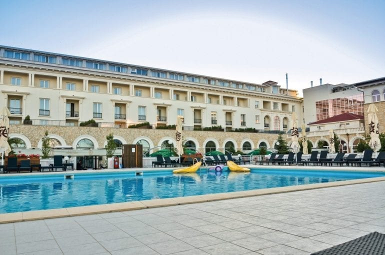 NIK 3179 m 770x510 - Summer Entertainment la Hotel IAKI