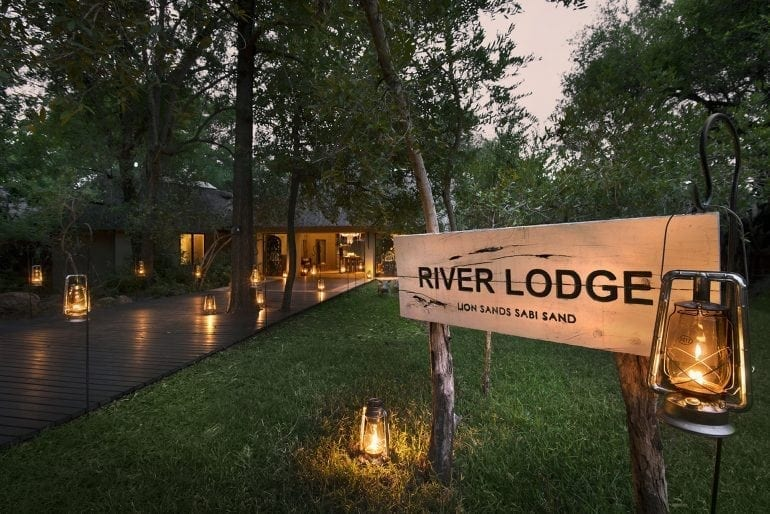 riverlodge-051009