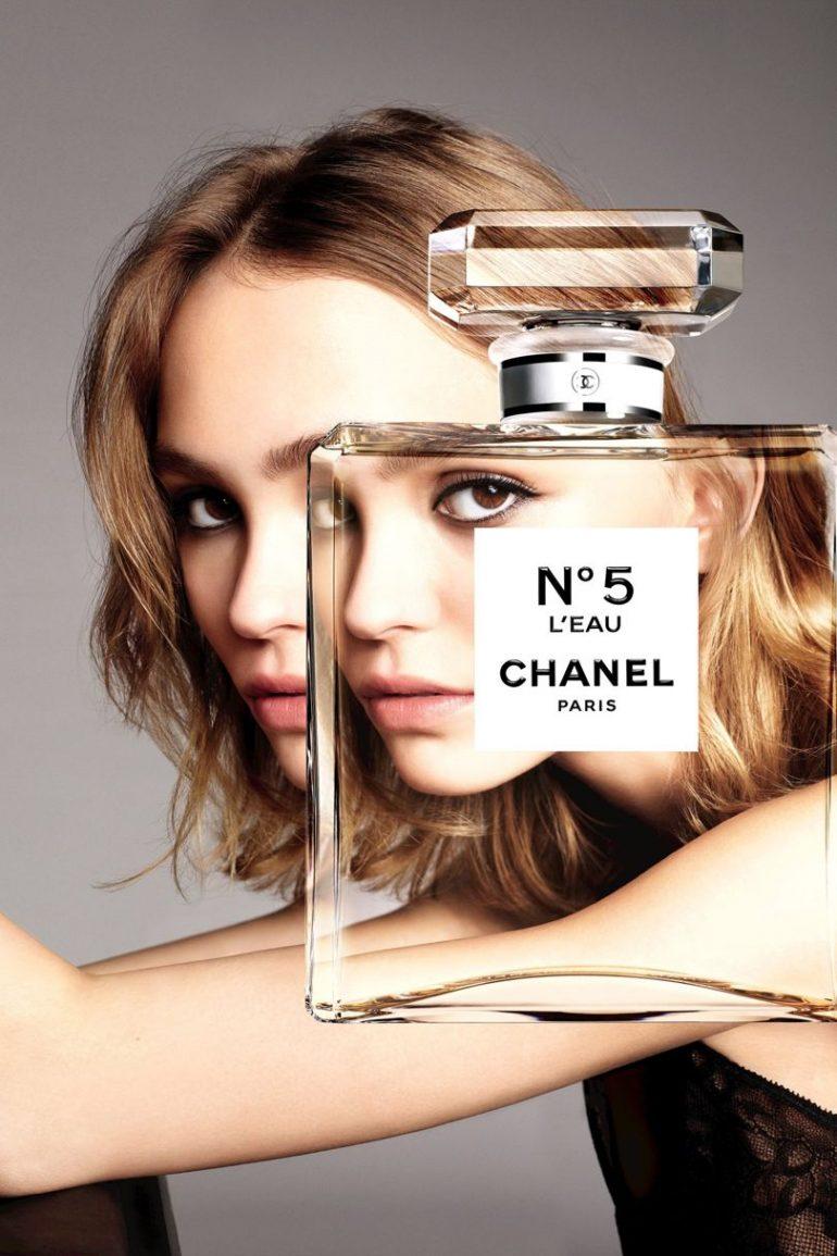 810 1 770x1155 - O privire în universul noului parfum CHANEL - N°5 L'Eau