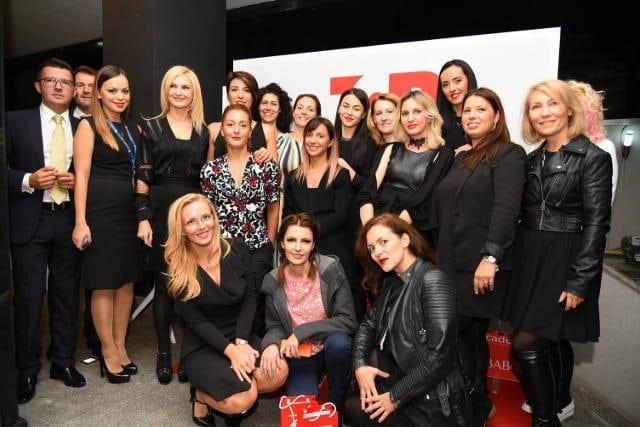 echipa topline - Secretele frumuseții dezvăluite la Top Beauty Trade Show