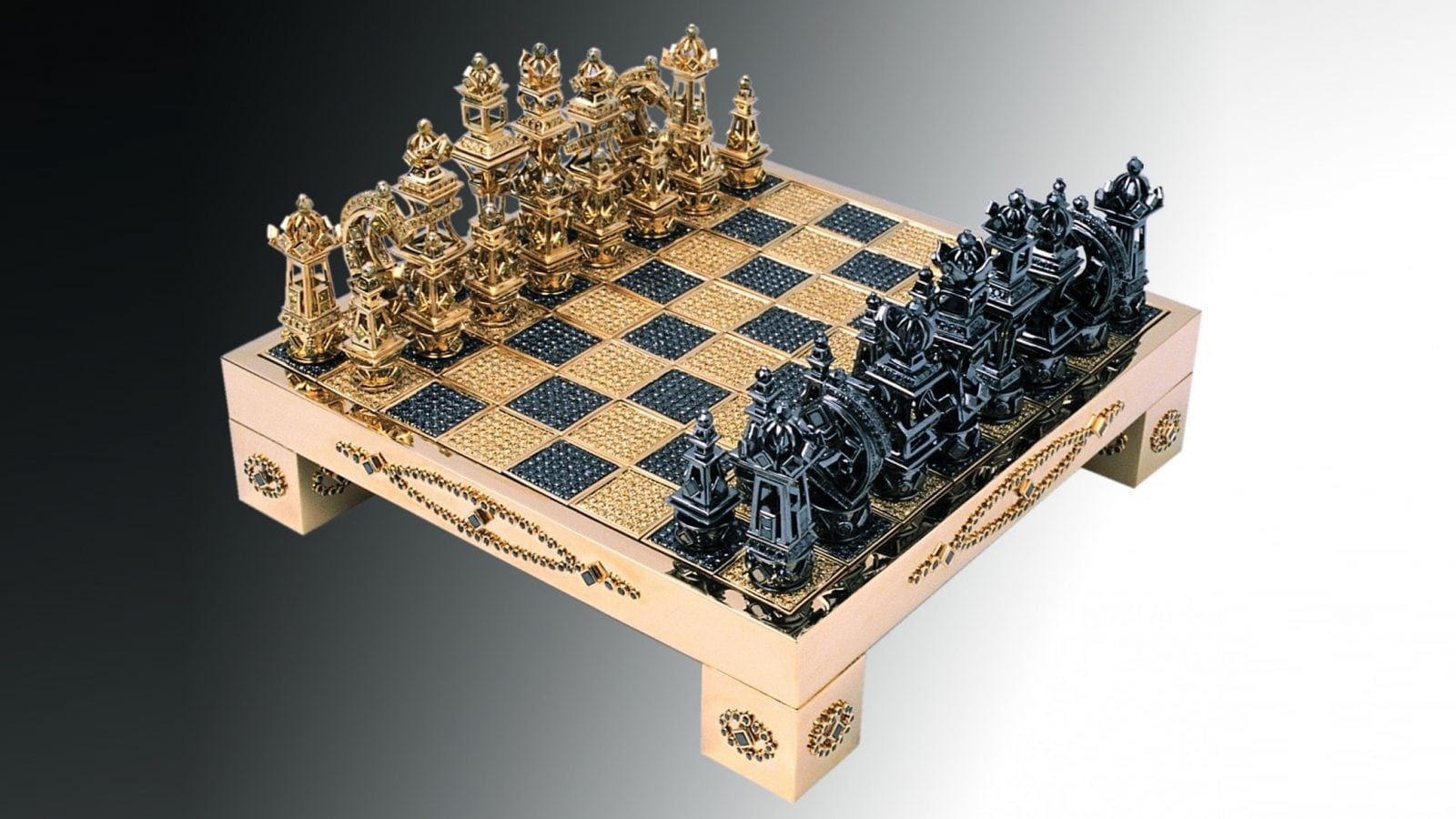 royal chess set 1 - Royal Chess Set by House of Solid Gold