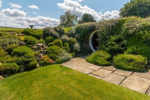 Casa Underhill – luxul mascat de natură
