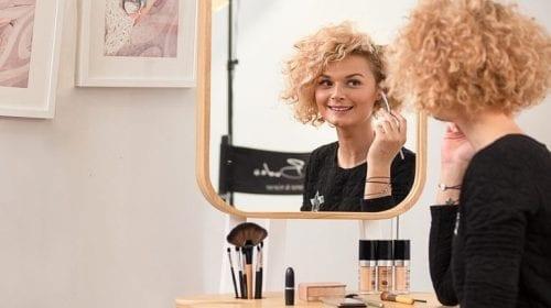 Make Up Șevalet – designul românesc de produs