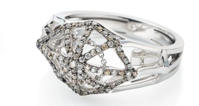 vieri_the-cobweb-ring-small-front200dpi