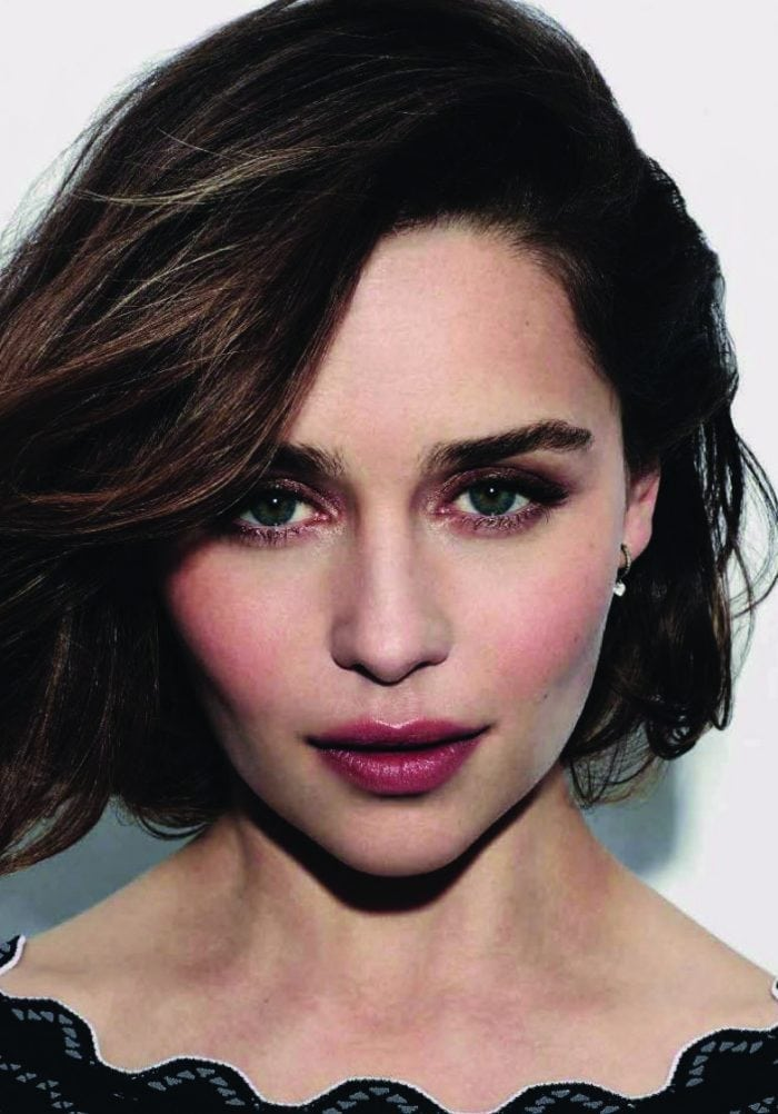 EMILIA CLARKE ESTE NOUA IMAGINE A PARFUMULUI  DOLCE&GABBANA THE ONE