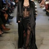 Givenchy3 170x170 - Lenjeria intimă - manifest în street style
