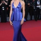hailey baldwin7 170x170 - Cannes 2017 - cele mai spectaculoase ținute de pe covorul roșu