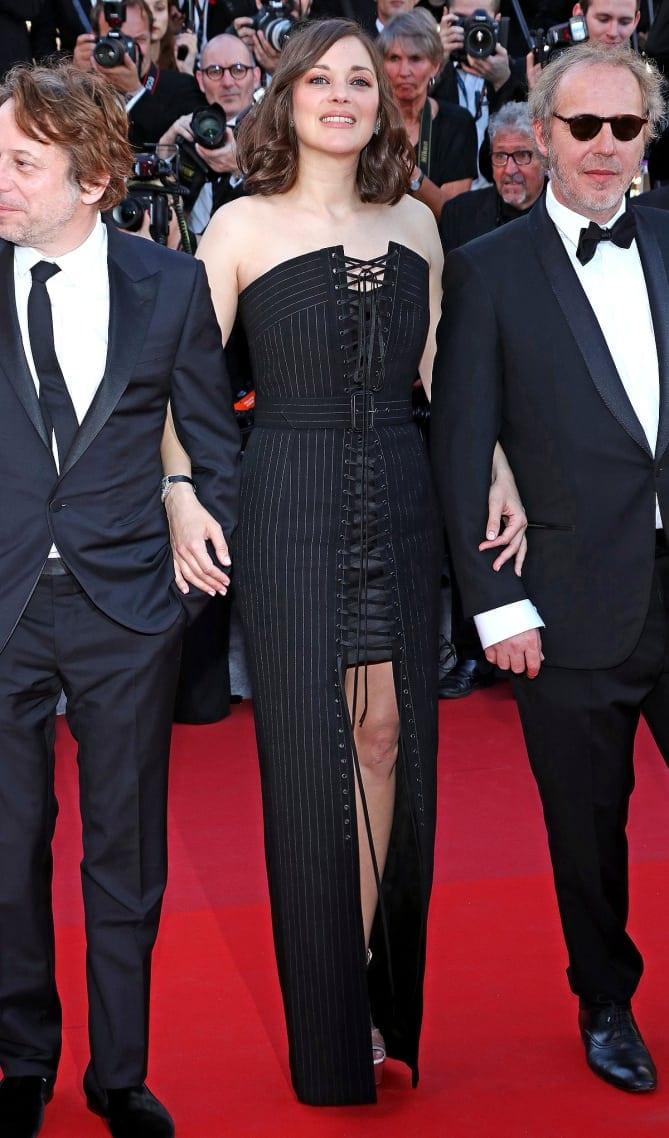 marion cotillard 1 - Cannes 2017 - cele mai spectaculoase ținute de pe covorul roșu