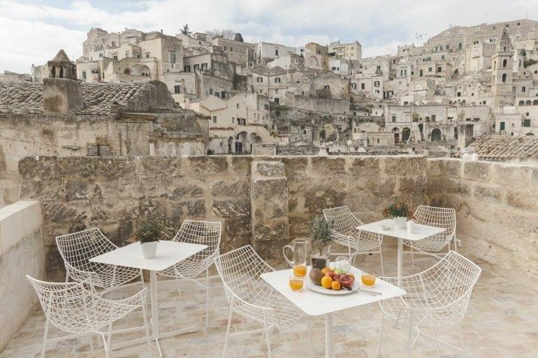 15Metello Manca PLaterza 14 770x513 - O peșteră preistorică a fost transformată într-un hotel de lux