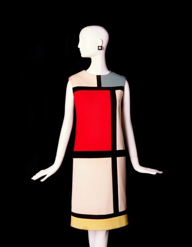 Rochia Mondrian creată de YSL 770x989 - Moda și arta – Armonia a două platforme de expresie creativă