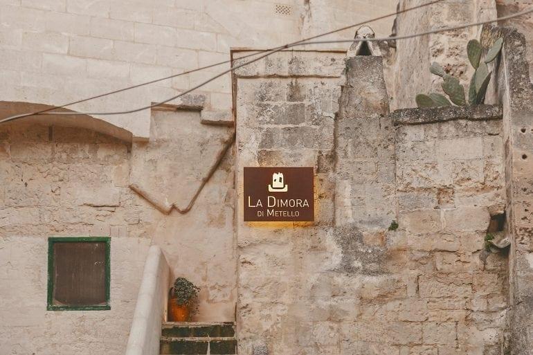 cave hotel 1 770x513 - O peșteră preistorică a fost transformată într-un hotel de lux