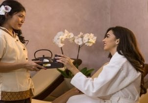EXCLUSIV la THAIco SPA   Produsele de cosmetică medicală de la Dr. Kleathous, rezultatul a peste 20 de ani de cercetare medicală