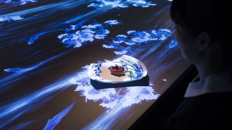 Sagaya 4 770x433 - Restaurantul interactiv Sagaya Ginza Steak, din Tokyo, o experiență unică