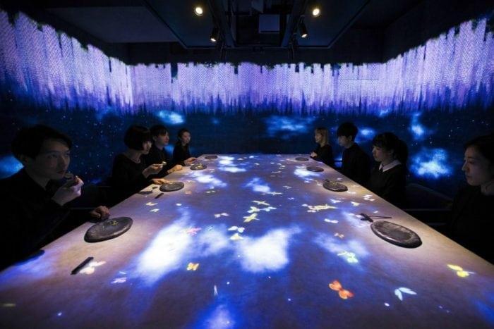 Restaurantul interactiv Sagaya Ginza Steak, din Tokyo, o experiență unică