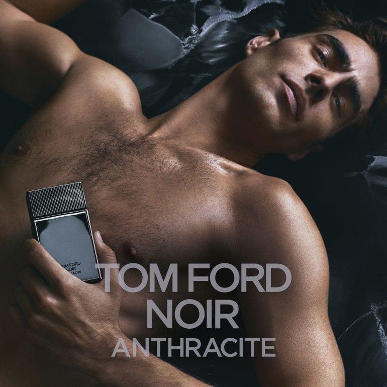 Social Media Crops Anthracite 2000x2000 770x770 - Noir Anthracite, by Tom Ford, un parfum extravagant, misterios, profund