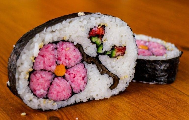 maxresdefault111 770x491 - Un nou trend în gastronomie: Mosaic Sushi