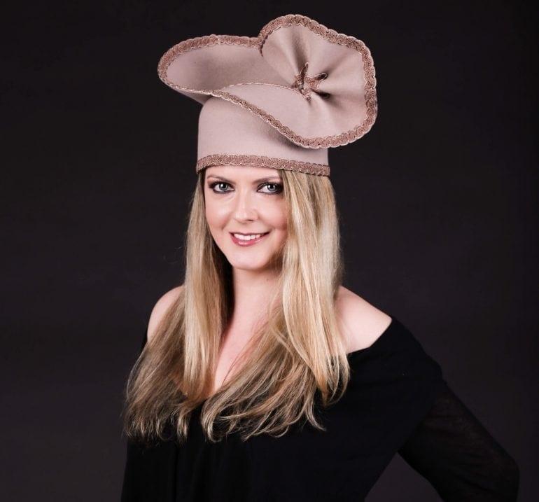 IMG 7393 770x717 - Pălării regale, la ChrisLady Design by Cristina Dumitru Moroianu