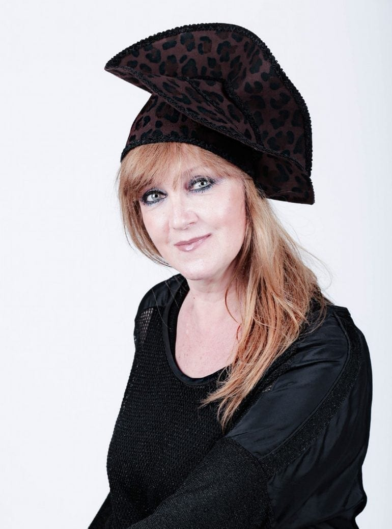 Preferata mamei 770x1039 - Pălării regale, la ChrisLady Design by Cristina Dumitru Moroianu