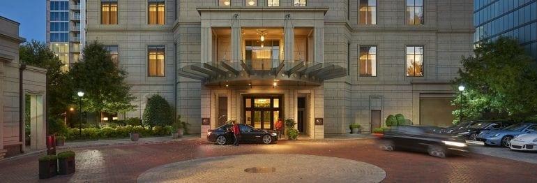 8938 atlanta 14 hotel exterior wide 770x262 - Primăvară cu iz american