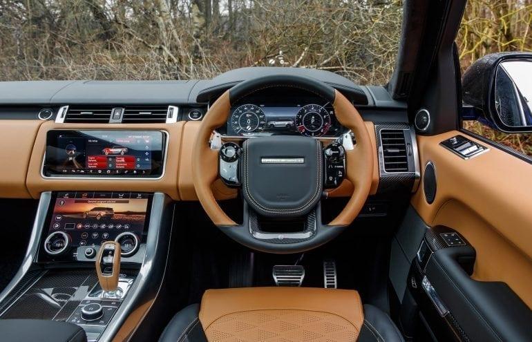 RRS SVR VelocityBlue 098 770x495 - Lux, rafinament și mulți cai-putere pentru noile SUV-uri Range Rover