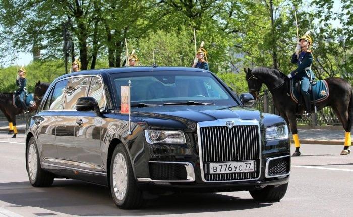 Mașini cu simbol de statut – Limuzina Aurus, mașina președintelui Vladimir Putin