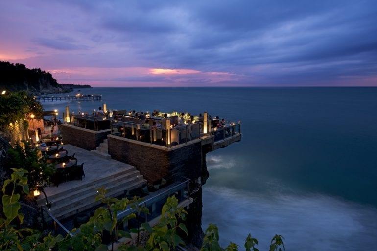 Rock Bar Bali 770x514 - Cele mai spectaculoase rooftop-uri din lume
