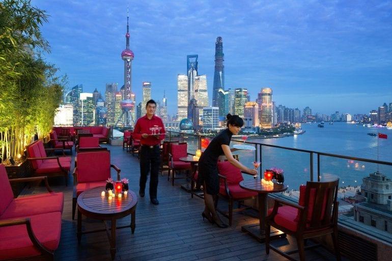 Sir Elly's Terrace Rooftop Bar 770x513 - Cele mai spectaculoase rooftop-uri din lume