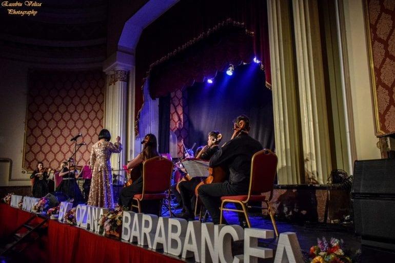 1d0481d6 b417 45a1 812a 6664fad54a5a 770x513 - Muzică fără anotimp - Spectacol muzical Ozana Barabancea și Lumini Sonore Orchestra