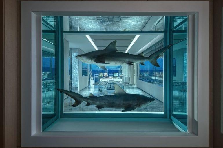 1200x 1 770x513 - Damien Hirst semnează designul celei mai scumpe suite de hotel din lume