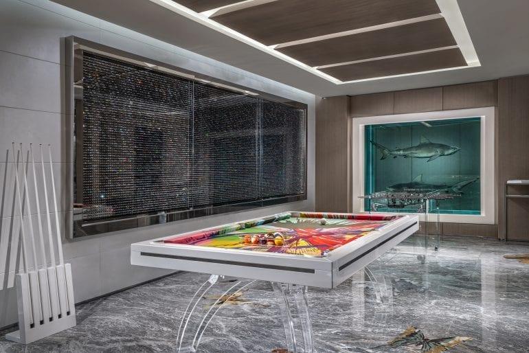190228153932 palms hirst suite game room 770x514 - Damien Hirst semnează designul celei mai scumpe suite de hotel din lume
