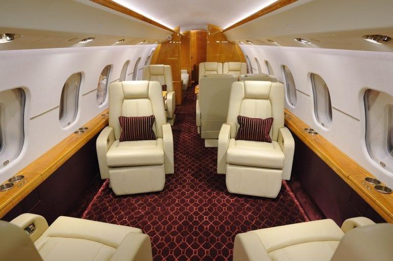7d09477ca6a8a449281e9aa38ca652d1 770x512 - Un Bombardier de lux BD-700 Express