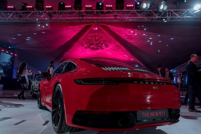 911... 100 770x514 - Noul Porsche 911 – o mașină sport high-tech, cu design emblematic