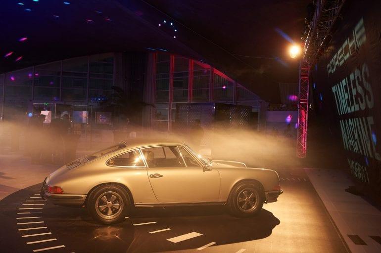 911... 120 770x512 - Noul Porsche 911 – o mașină sport high-tech, cu design emblematic