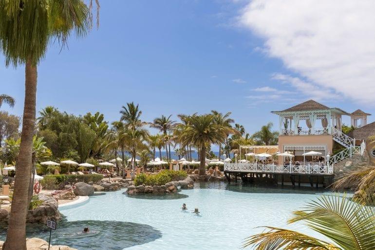 BahíadelDuque2016 M.Yllera 5879 770x514 - La exclusivistul resort Bahía del Duque, timpul stă în loc