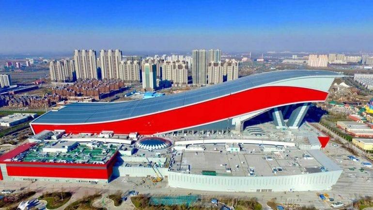 Harbin Wanda City 770x433 - Cea mai mare stațiune de schi indoor din lume