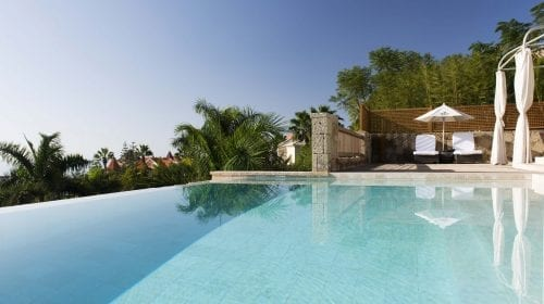 La exclusivistul resort Bahía del Duque, timpul stă în loc