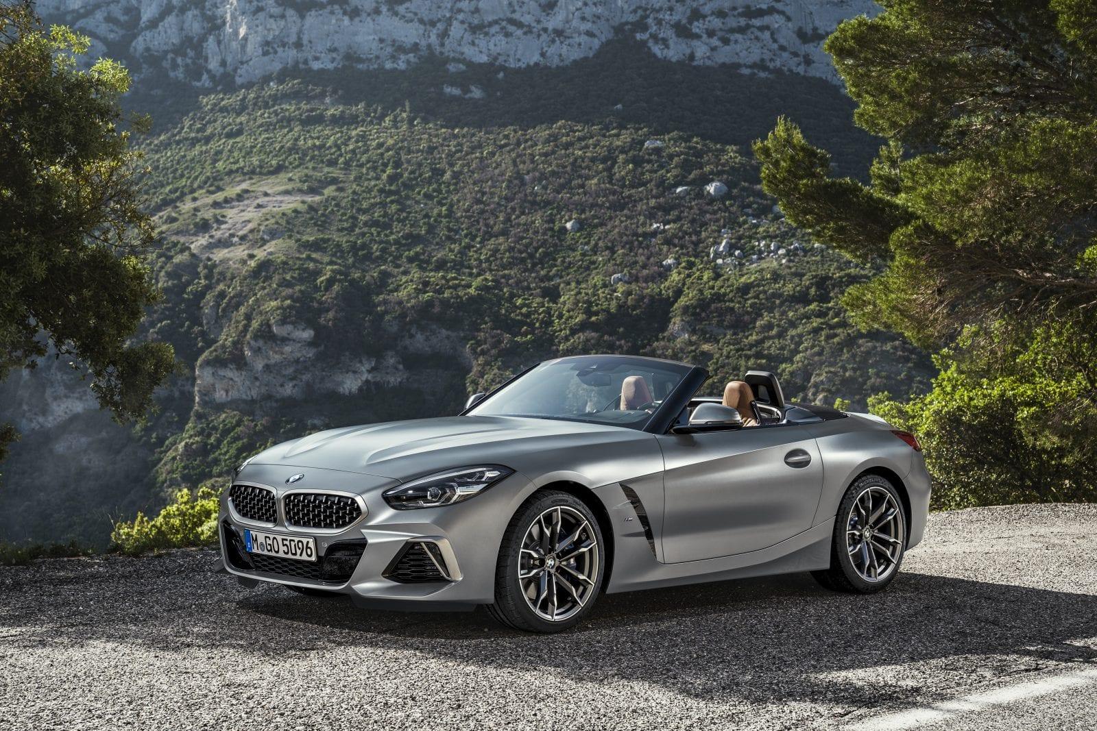 P90318610 highRes the new bmw z4 roads - Noul roadster, colecția de primăvară-vară 2019 – BMW Z4