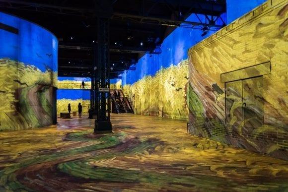 Inovație în Paris: Muzeul digital care-ți permite să experimentezi opera lui Van Gogh
