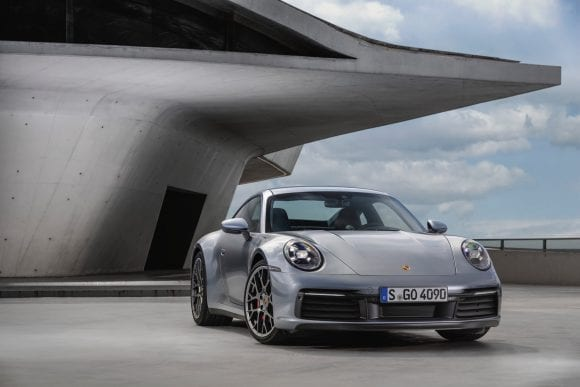 Noul Porsche 911 – ADN sportiv high-tech cu design emblematic