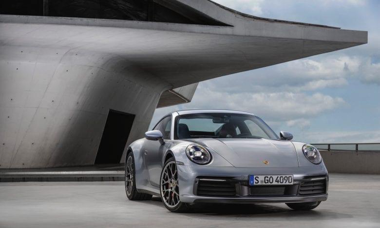 Noul Porsche 911 – ADN sportiv high-tech cu design emblematic