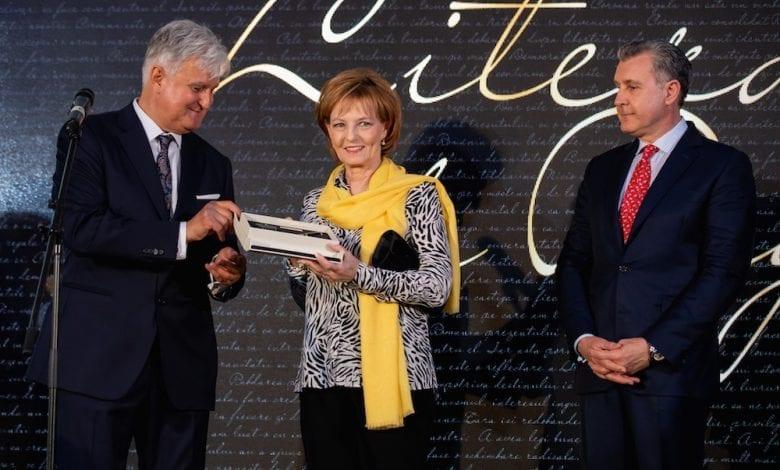 În premieră mondială, Pelikan lansează un stilou ediție limitată în onoarea Regelui Mihai
