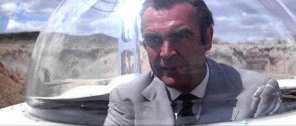 Vehicul lunar condus de Sean Connery ca agentul 007, scos la licitație