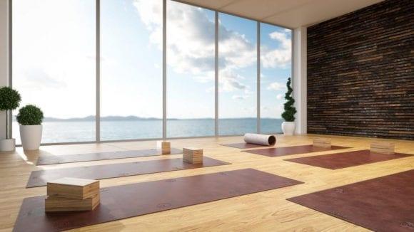 Saltea de yoga cu pietre prețioase, la 100.000 de dolari