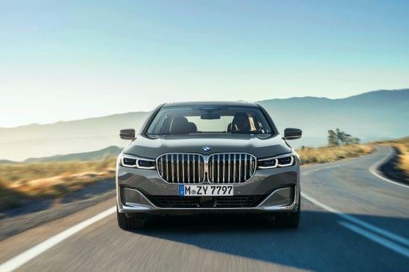 Noul BMW Seria 7 consolidează tradiția luxoasă cu performanță premium și design dominant