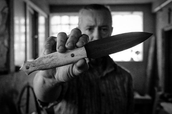 """Harris Wallmen: """"Sunt văzut ca un knifemaker puțin mai excentric, aproape niciodată nu realizez două cuțite la fel"""""""