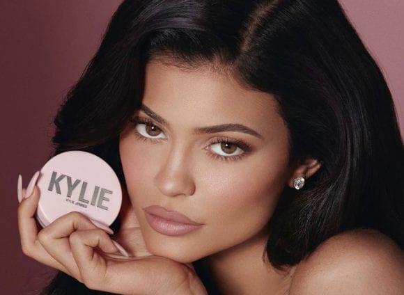 Kylie Jenner face o mișcare de business curajoasă