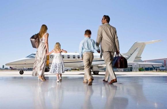 Oamenii bogați trăiesc cu 9 ani mai mult decât cei fără resurse financiare